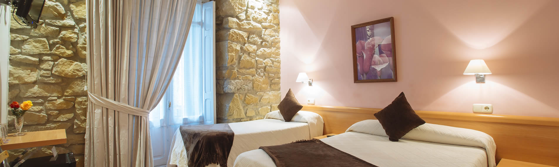 Hotel próximo al Buen Pastor en Donosti en el área romántica